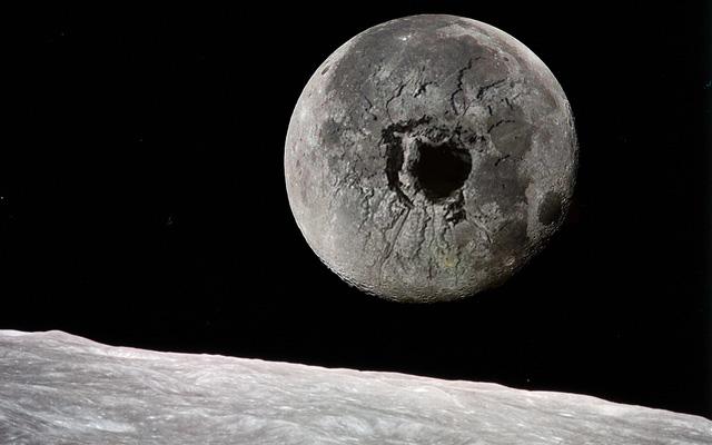 Nếu khoan một hố sâu 3000km xuyên qua tâm của Mặt Trăng, chúng ta sẽ nhìn thấy được gì? - Ảnh 1.