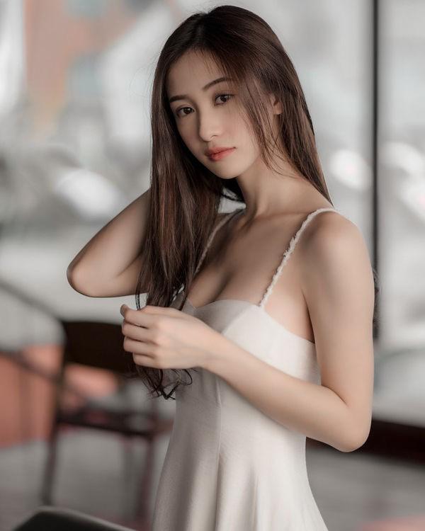 Nữ thần Jun Vũ khiến cộng đồng game thủ điên đảo đêm qua, không phải vì bộ ngực! - Ảnh 4.