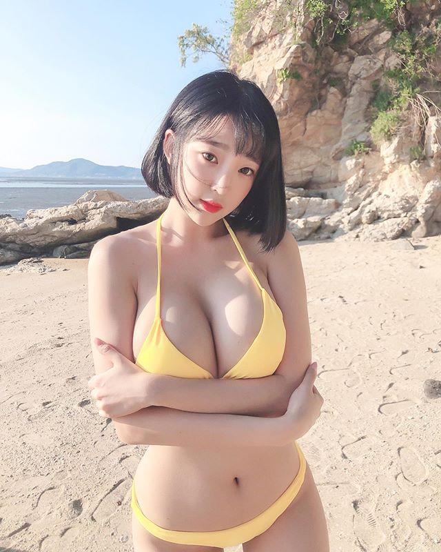Bất ngờ đăng ảnh siêu táo bạo lên khoe, nàng streamer xinh đẹp khiến fan sốc nặng, cứ ngỡ đổi nghề sang Nhật diễn xuất - Ảnh 6.