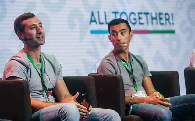 Rủ em trai đang học cấp 3 làm game bán kiếm tiền, hơn 10 năm sau cả 2 cùng sở hữu đế chế game tỷ USD, lớn thứ 2 thế giới - Ảnh 1.