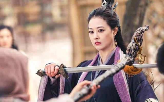 10 mỹ nhân đừng dại mà yêu trong phim chưởng Kim Dung: Bị cắm sừng là chuyện nhỏ, mất mạng mới là chuyện lớn (P1) - Ảnh 6.