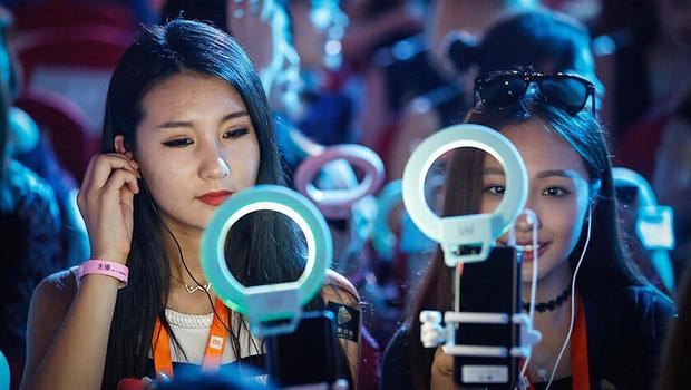 Góc khuất nghề nghiệp: 10 sự thật bất ngờ về streamer - công việc hái ra tiền bao người mơ ước ở Trung Quốc - Ảnh 8.