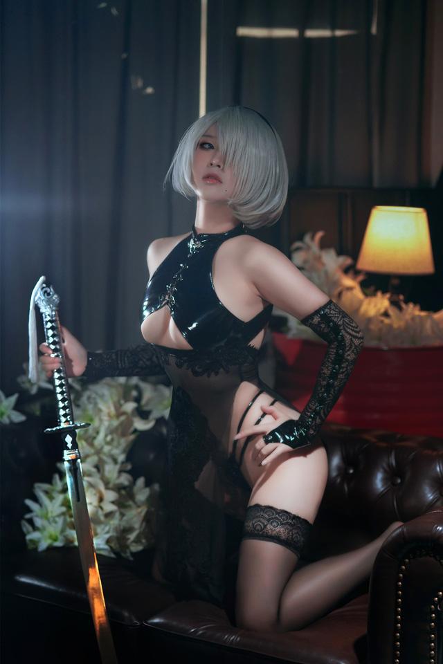 Điểm mặt những cô nàng hot girl siêu phẩm cosplay sở hữu vòng một ấn tượng nhất (P.2) - Ảnh 9.