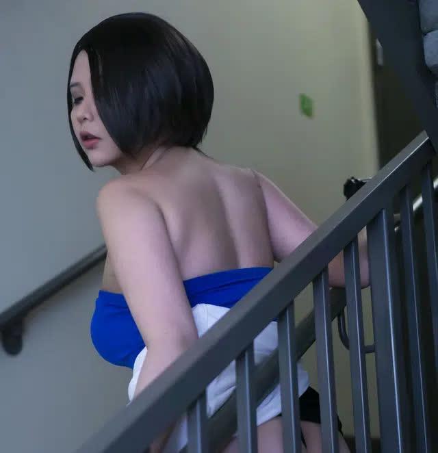 Coser nổi tiếng gốc Việt có bộ ngực siêu khủng lại khiến anh em nóng mắt khi hóa thân thành nàng Jill Valentine - Ảnh 7.