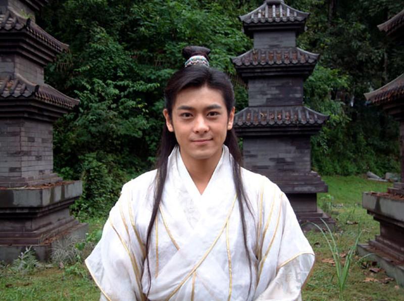 Hư Trúc hay Quách Tĩnh cũng xách dép, đây chính là thanh niên có aura nhân vật chính... nặng nhất trong truyện Kim Dung - Ảnh 4.