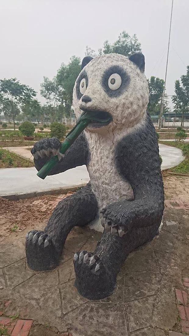 Bộ sưu tập các bức tượng được trang trí mặt ngáo nhất Việt Nam Photo-1-1611054864905482696107