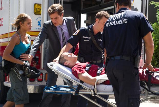 5 lần sao Hollywood suýt chết chỉ vì đóng phim: Người gặp tai nạn bay thẳng vào ô tô, kẻ tăng - giảm cân đến mức báo động - Ảnh 4.