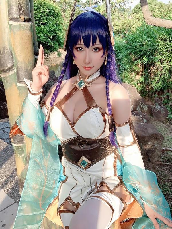 Thiêu đốt mọi ánh nhìn với cosplay Irelia Thánh Kiếm có tâm hồn cực đẹp - Ảnh 6.