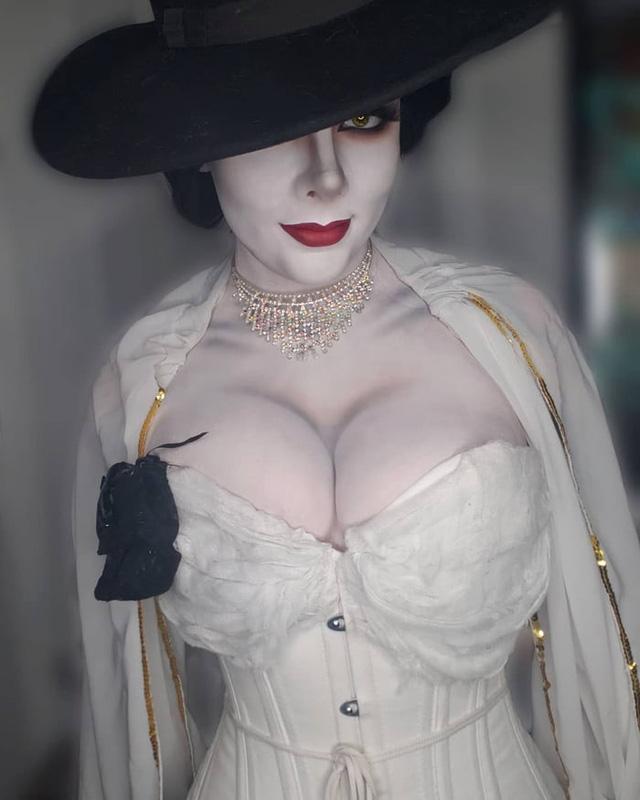Resident Evil mới chưa ra mắt, đông đảo chị em game thủ đã tranh thủ cosplay nhân vật phản diện - Ảnh 7.