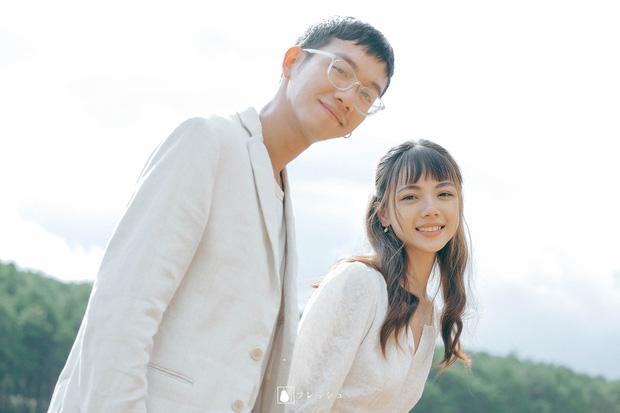 """Nụ hôn """"đánh dấu chủ quyền"""" năm 3 tuổi giúp anh chàng tìm lại và cưới luôn bạn gái thanh mai trúc mã Photo-3-16098200988241703353597"""