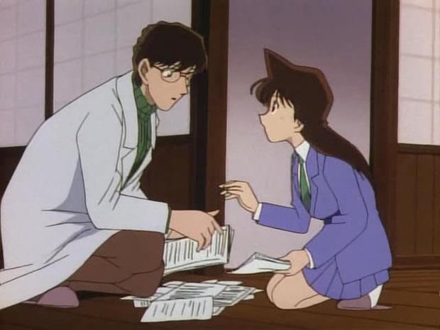 """tình địch số 1 của Conan: """"Cậu cả"""" điển trai nhà bác sĩ Photo-4-16338694835841389608616"""