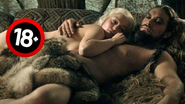 Bí mật í ẹ sau cảnh nóng sốc nhất Game of Thrones: Vì sao nữ chính không thể tự chủ, bỏ diễn cả ngày vì thấy vùng kín Jason Momoa? - Ảnh 3.