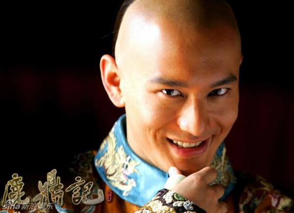 Kim Dung như Thiếu Lâm, Cổ Long như Võ Đang. Người là hỏa, kẻ là băng, ai mới là hơn nhất? - Ảnh 4.