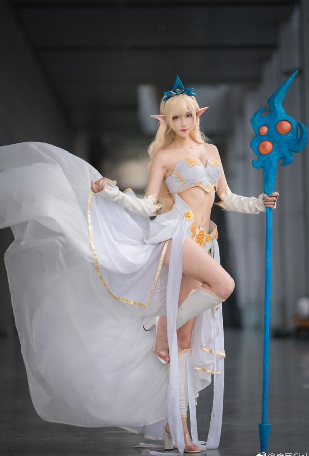 Thở dốc với màn cosplay Janna đẹp lung linh của mỹ nhân xứ Trung, không cần tạo lốc cũng thổi bay mọi trái tim game thủ - Ảnh 5.
