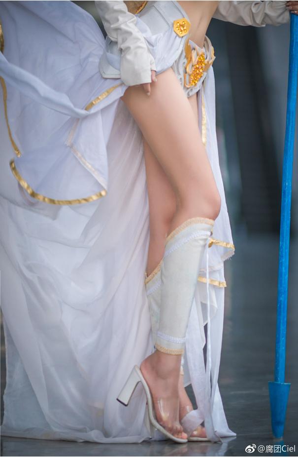 Thở dốc với màn cosplay Janna đẹp lung linh của mỹ nhân xứ Trung, không cần tạo lốc cũng thổi bay mọi trái tim game thủ - Ảnh 8.