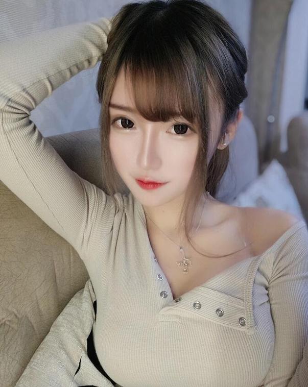 Thở dốc với màn cosplay Janna đẹp lung linh của mỹ nhân xứ Trung, không cần tạo lốc cũng thổi bay mọi trái tim game thủ - Ảnh 10.