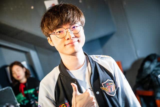 Truyền thông Trung Quốc: SofM lọt top 20 tuyển thủ LMHT được hâm mộ nhất thế giới trên Reddit - Ảnh 1.