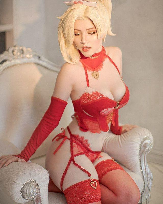Cosplay nhân vật game không quá giống, nàng hot girl vẫn được dân tình đổ xô nhau follow, truy tìm info - Ảnh 10.