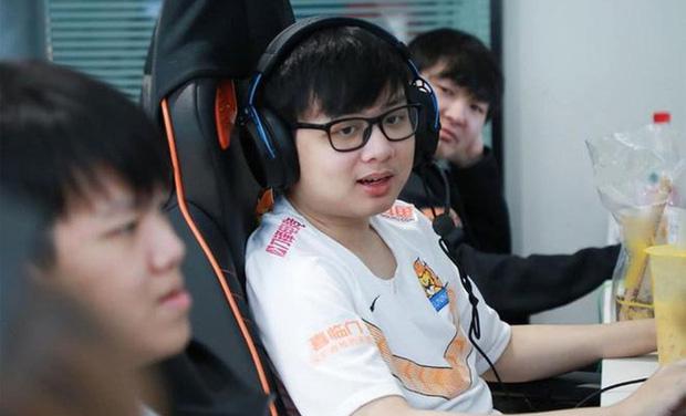SofM thẳng thắn: Các tuyển thủ Esports Việt Nam chưa chuyên nghiệp, quá dễ dãi và không khắt khe với bản thân! - Ảnh 1.