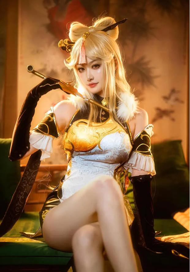 Nữ cosplayer nổi tiếng bị cư dân mạng Trung Quốc tố lấy tiền đại gia rồi ngang nhiên cắm sừng - Ảnh 2.