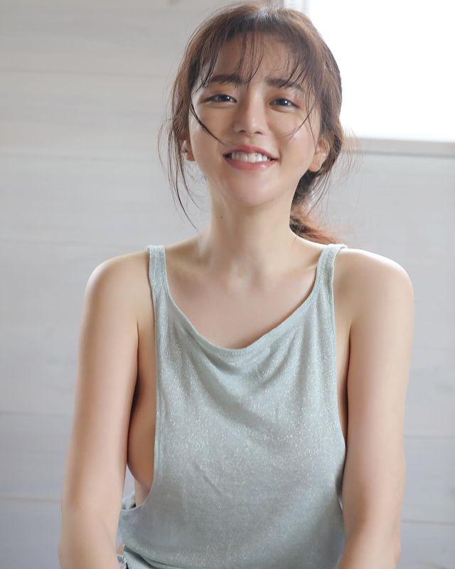 Chơi thân với Yua Mikami, nàng YouTuber gợi cảm bức xúc khi liên tục được mời chào đi đóng phim 18+ - Ảnh 1.