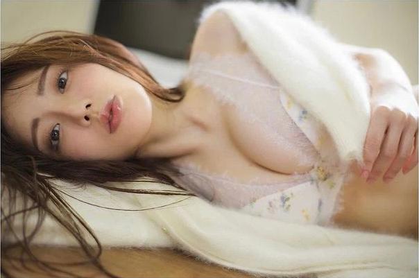 Chơi thân với Yua Mikami, nàng YouTuber gợi cảm bức xúc khi liên tục được mời chào đi đóng phim 18+ - Ảnh 4.