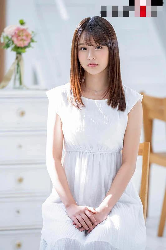 Bi kịch cô nàng hot girl AV, đóng 5 phim đầu tay toàn lỗ, phải lên xin donate từ fan để tiếp tục sự nghiệp - Ảnh 2.