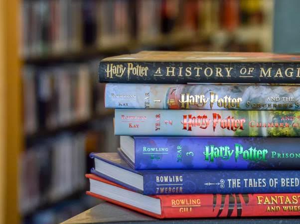 Những con số ấn tượng gắn liền với vũ trụ pháp thuật đình đám Harry Potter - Ảnh 2.