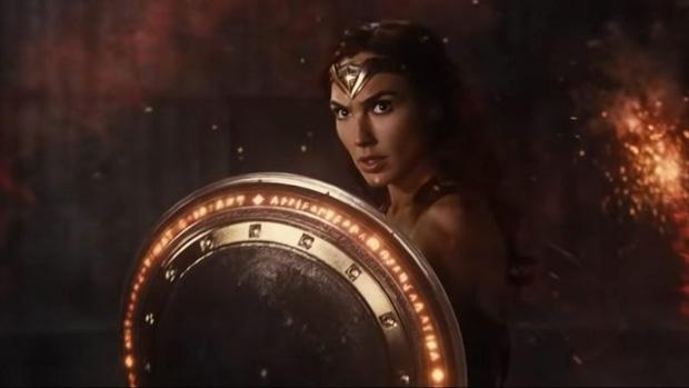 Bóc profile dàn siêu anh hùng trong hội Justice League: Người nhanh, kẻ mạnh nhưng bá nhất vẫn là... tiền! - Ảnh 2.
