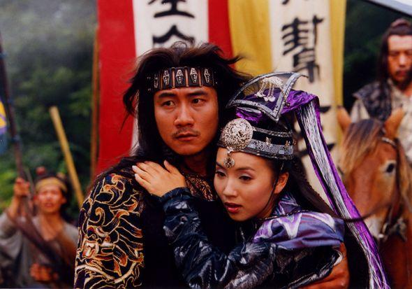Không phải Trương Tam Phong, càng không phải Vô Danh Thần Tăng, đây mới là nhân vật có nội lực kỳ dị nhất truyện Kim Dung: Đổi được cả dòng luân hồi, rất ít fan biết - Ảnh 14.