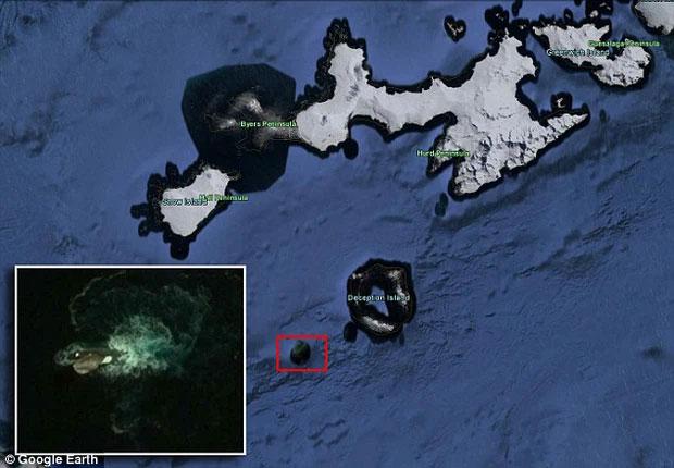 Những thuỷ quái khổng lồ vô tình được Google Earth ghi lại - Ảnh 1.