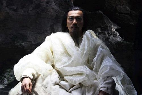 Lục tung 15 bộ truyện, đây là 2 nhân vật duy nhất có thể hạ gục Vô Danh Thần Tăng: Toàn quái vật không thể xác định võ công - Ảnh 9.