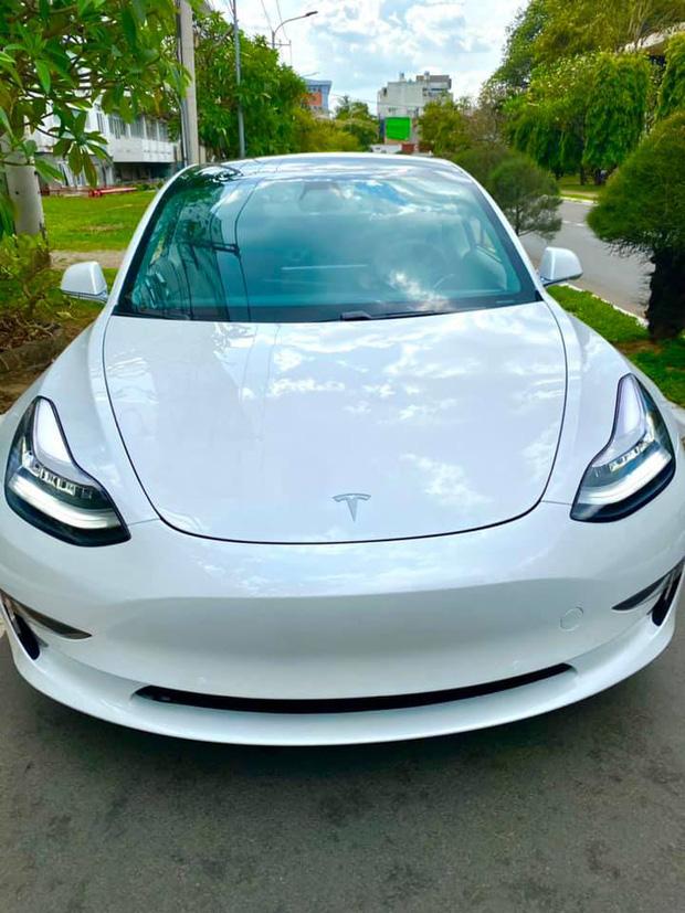 Trường ĐH ở Sài Gòn chơi lớn chi tiền tỷ mua xe ô tô điện Tesla của Elon Musk về cho sinh viên thực hành - Ảnh 2.