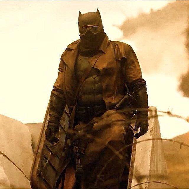 Zack Snyders Justice League: Tại sao Batman lại có thể nhìn thấy tương lai Knightmare? - Ảnh 3.
