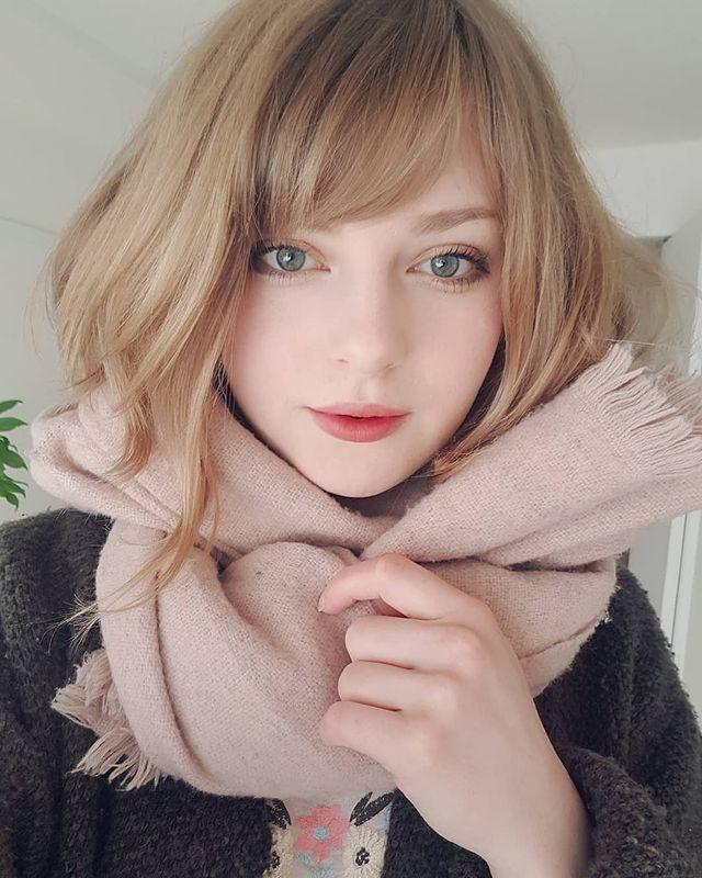Sang tận Nhật Bản để cởi hết, quay clip tắm suối, nữ YouTuber xinh đẹp tăng gần 300.000 subs, được mời gọi đổi nghề - Ảnh 2.