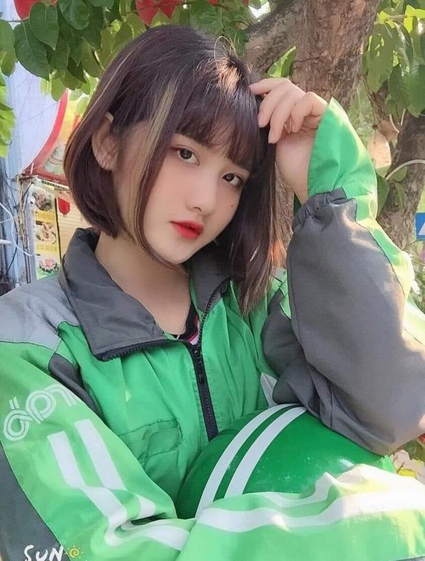 Hot girl Việt lên cả báo Trung vì màn đu trend vòng tay chạm rốn, hóa ra lại là người quen - Ảnh 5.