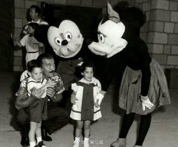 Loạt ảnh chuột Mickey với bộ hàm kinh dị 66 năm trước gây sốc MXH, leo cả hot search bên Trung - Ảnh 2.