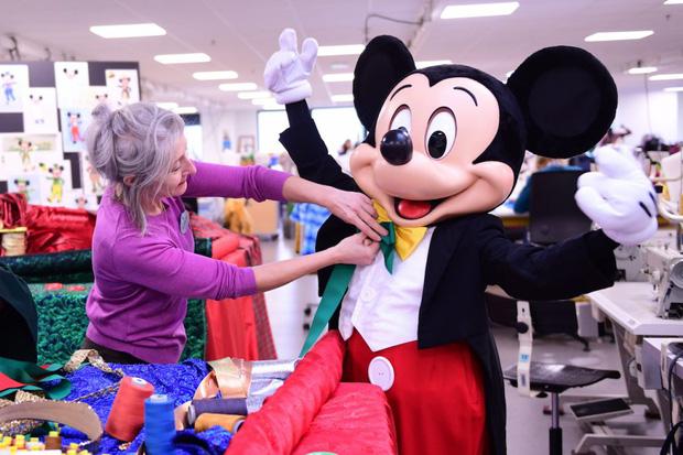 Loạt ảnh chuột Mickey với bộ hàm kinh dị 66 năm trước gây sốc MXH, leo cả hot search bên Trung - Ảnh 16.