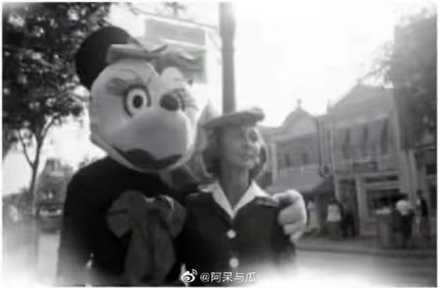 Loạt ảnh chuột Mickey với bộ hàm kinh dị 66 năm trước gây sốc MXH, leo cả hot search bên Trung - Ảnh 10.