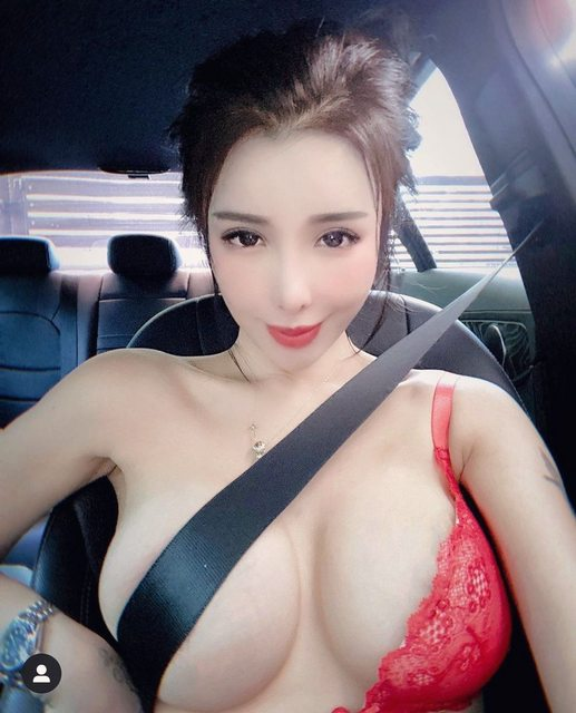Dùng dây an toàn che chắn vùng nhạy cảm - trào lưu mới đang gây tranh cãi của các cô gái xinh đẹp - Ảnh 6.