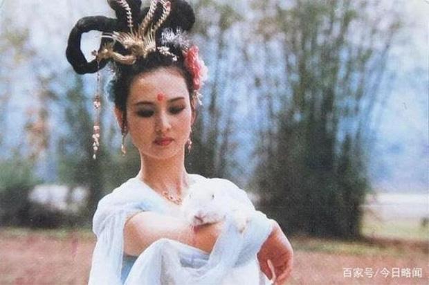 7 đại mỹ nhân Tây Du Ký nức tiếng một thời, 35 năm vẫn còn thương nhớ Tây Lương nữ vương - Ảnh 2.