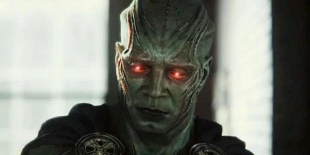 Phản diện mạnh nhất DC Comics lộ diện và 10 chi tiết fan service đắt giá xuất hiện trong Zack Snyder's Justice League - Ảnh 6.