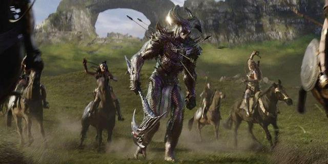 Phản diện mạnh nhất DC Comics lộ diện và 10 chi tiết fan service đắt giá xuất hiện trong Zack Snyder's Justice League - Ảnh 7.