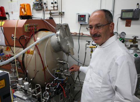 Máy tạo oxy của NASA có thể thay đổi mãi mãi Sao Hoả - Ảnh 3.