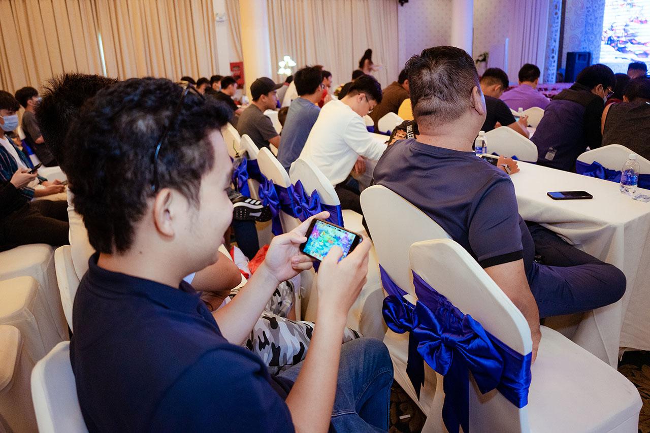 """Game thủ """"quẩy"""" hết mình trong Offline Tân Minh Chủ 2 miền Nam - Bắc: Game vừa hay vừa đông, xin ủng hộ dài dài - Ảnh 10."""