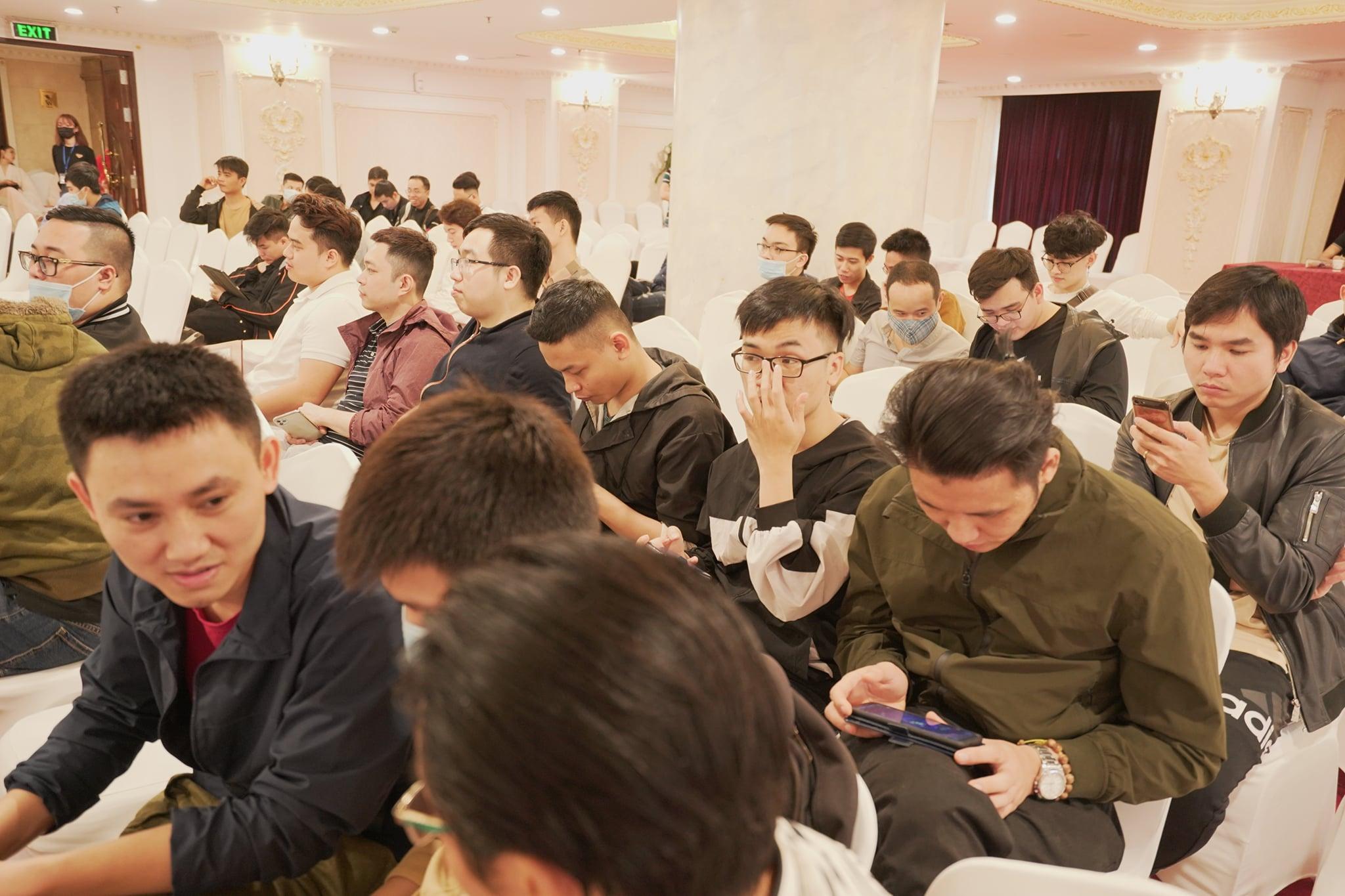 """Game thủ """"quẩy"""" hết mình trong Offline Tân Minh Chủ 2 miền Nam - Bắc: Game vừa hay vừa đông, xin ủng hộ dài dài - Ảnh 3."""