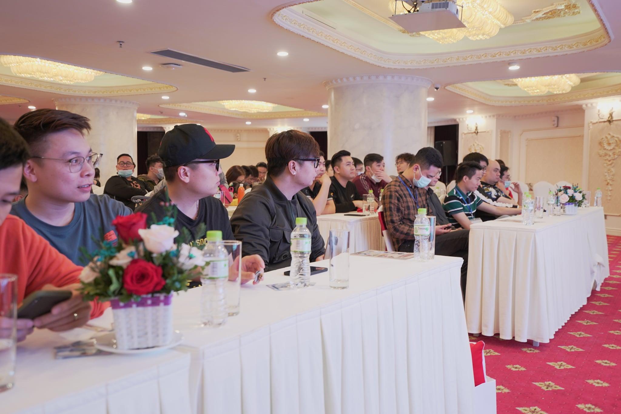 """Game thủ """"quẩy"""" hết mình trong Offline Tân Minh Chủ 2 miền Nam - Bắc: Game vừa hay vừa đông, xin ủng hộ dài dài - Ảnh 6."""