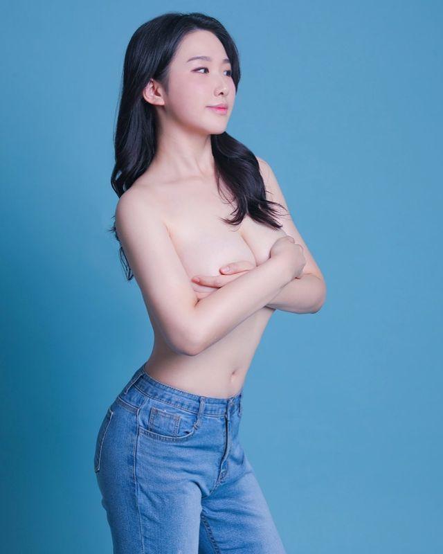 Bị chế giễu vì nặng tới 1 tạ, nữ YouTuber giảm 30kg thần tốc, lột xác gợi cảm tới khó tin - Ảnh 7.