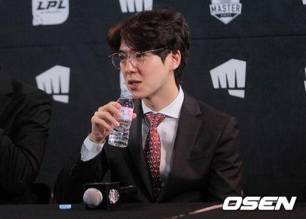 Riot Games khiến cộng đồng Hàn Quốc phẫn nộ vì thay đổi lịch đấu gây bất lợi cho DWG KIA tại Bán kết MSI 2021 - Ảnh 2.