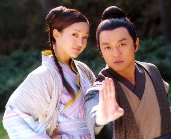 Top 5 cặp đôi giỏi võ nhất truyện Kim Dung: Đôi thì ác phu ác phụ hợp xứng, đôi thì yêu cả chị lẫn em - Ảnh 5.